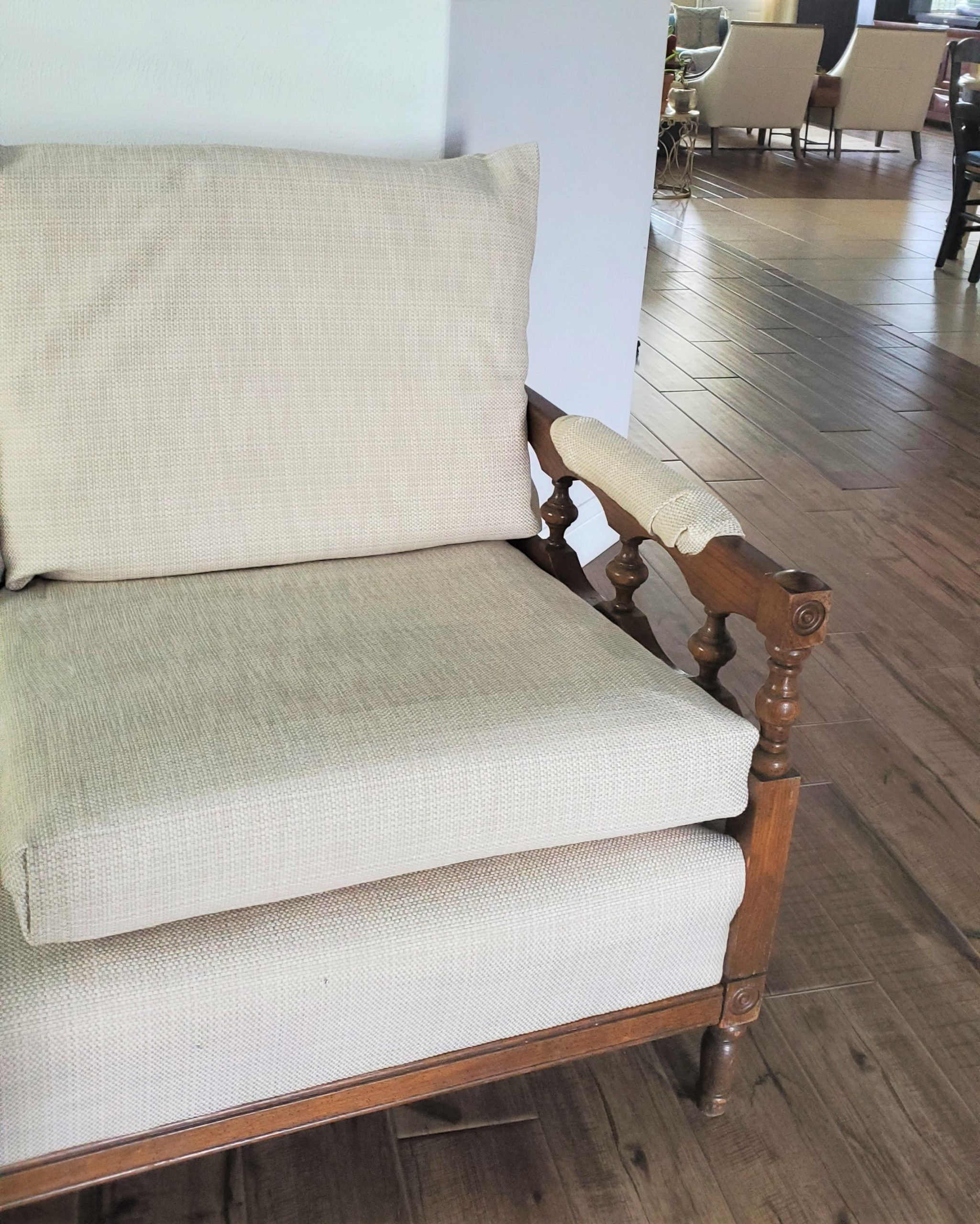 DIY-No-Sew-Upholstery