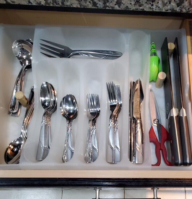 Customizable Drawer Dividers – Organization Made FUN!